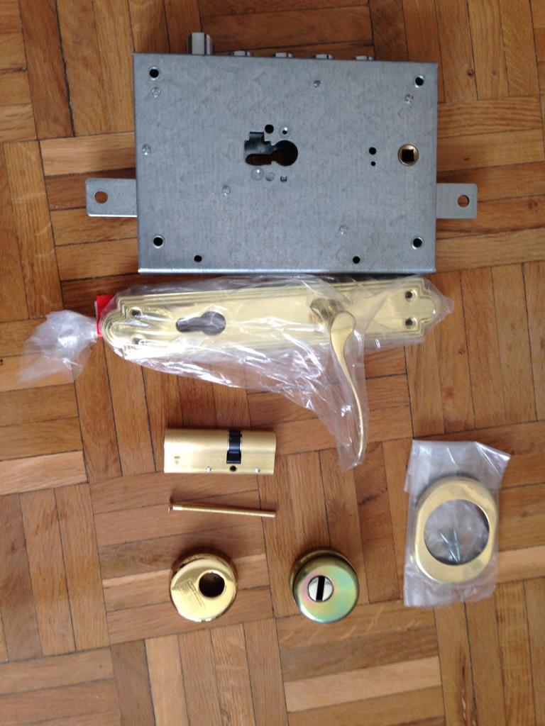 Kit de conversión de Borjas a bombillo para puerta Kiuso