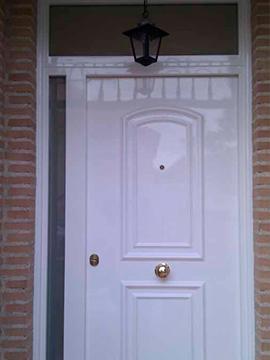 Puertas con fijo y montante cristal